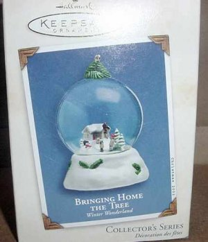 Hallmark Keepsake 2004 Bringing Home the Tree Snow Globe