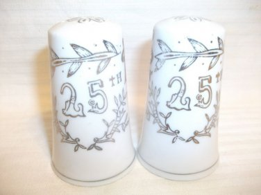 VINTAGE LEFTON 25TH ANNIVERSARY SALT AND PEPPER SHAKERS 1957 SILVER BELLS JAPAN