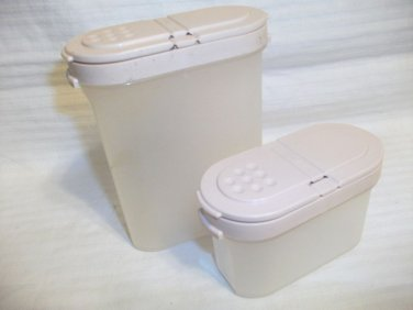 Lot 2 Tupperware Modular Mates Spice Containers #1843 & #1846 Peach Lids