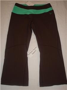 Nwt M NIKE Women Fit Dry Athlete Capri Pants New Brown MEDIUM 127817-237