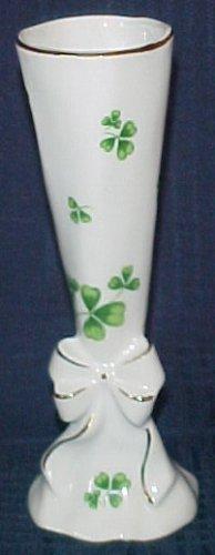 Lefton Shamrock St. Patrick Clover Bud Vase 1984 Gold Trim