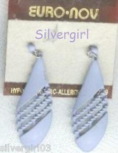 1 Pr Purple Tear Drop Pierced Earrings