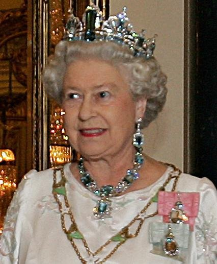 The Story Of Queen Elizabeth II - Monarch & World Leader