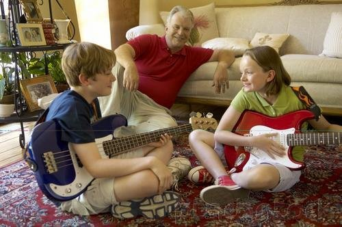 Music & Music Therapy Groups