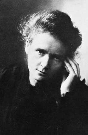 The Story Of Marie Curie - Polish-French Physicist & Chemist