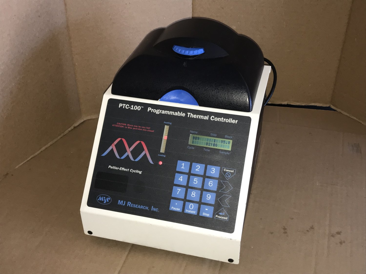 MJ Research PTC-100 Programmable Thermal Controller 60 Well Peltier Effect Cycler