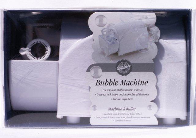 WILTON BUBBLE MACHINE Weddings Parties Showers