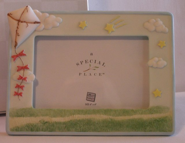 """RUSS PICTURE FRAME """"A SPECIAL PLACE"""" New in box - baby  nursery decor"""