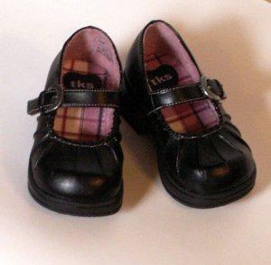 Toddler Girls Black Mary Jane Style Shoes Size 5