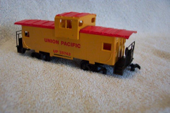 Union Pacific 25743 Caboose HO Scale