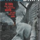 Savage Drift by Emmy Laybourne. Hachette Kids Hodder Children (2014). LIKE NEW