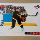 1995-96 Score #208 Trevor Linden Vancouver Canucks