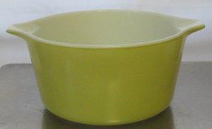 Pyrex Lemon Yellow #473 1 QT Handled Mixing Bowl