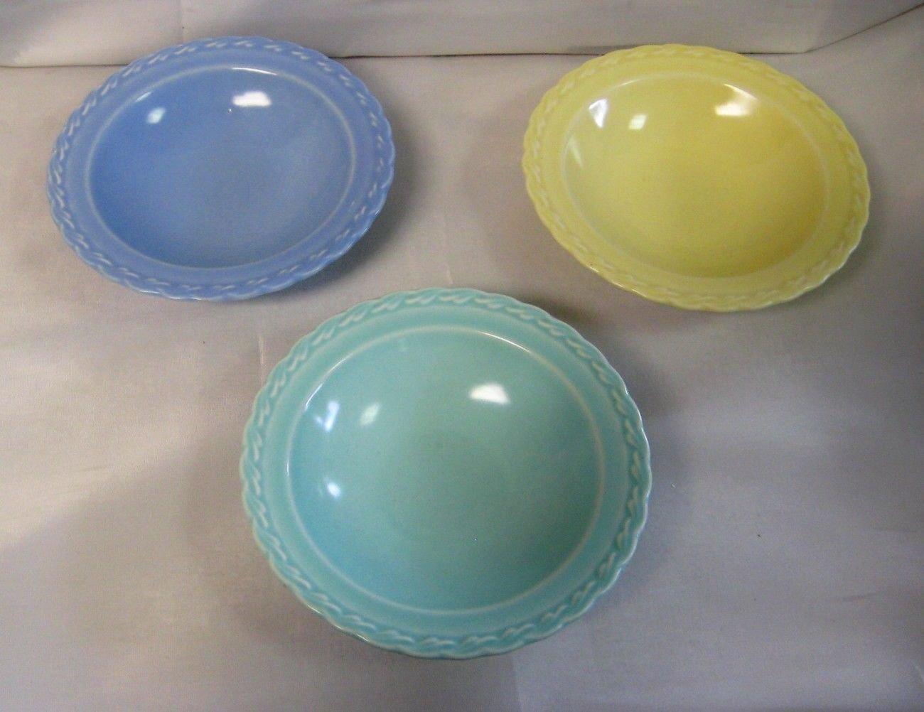 Vernon Kilns Native California Pottery 3 Dessert Bowls Pastel Blue, Green, Yellow