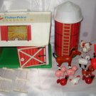 VINTAGE FISHER-PRICE LITTLE PEOPLE FARM BARN #2501
