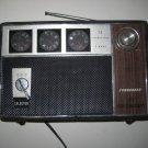 Vintage COMMODORE 3 BAND FM-AM-SW 12 TRANSISTOR RADIO AFC High Sensitivity
