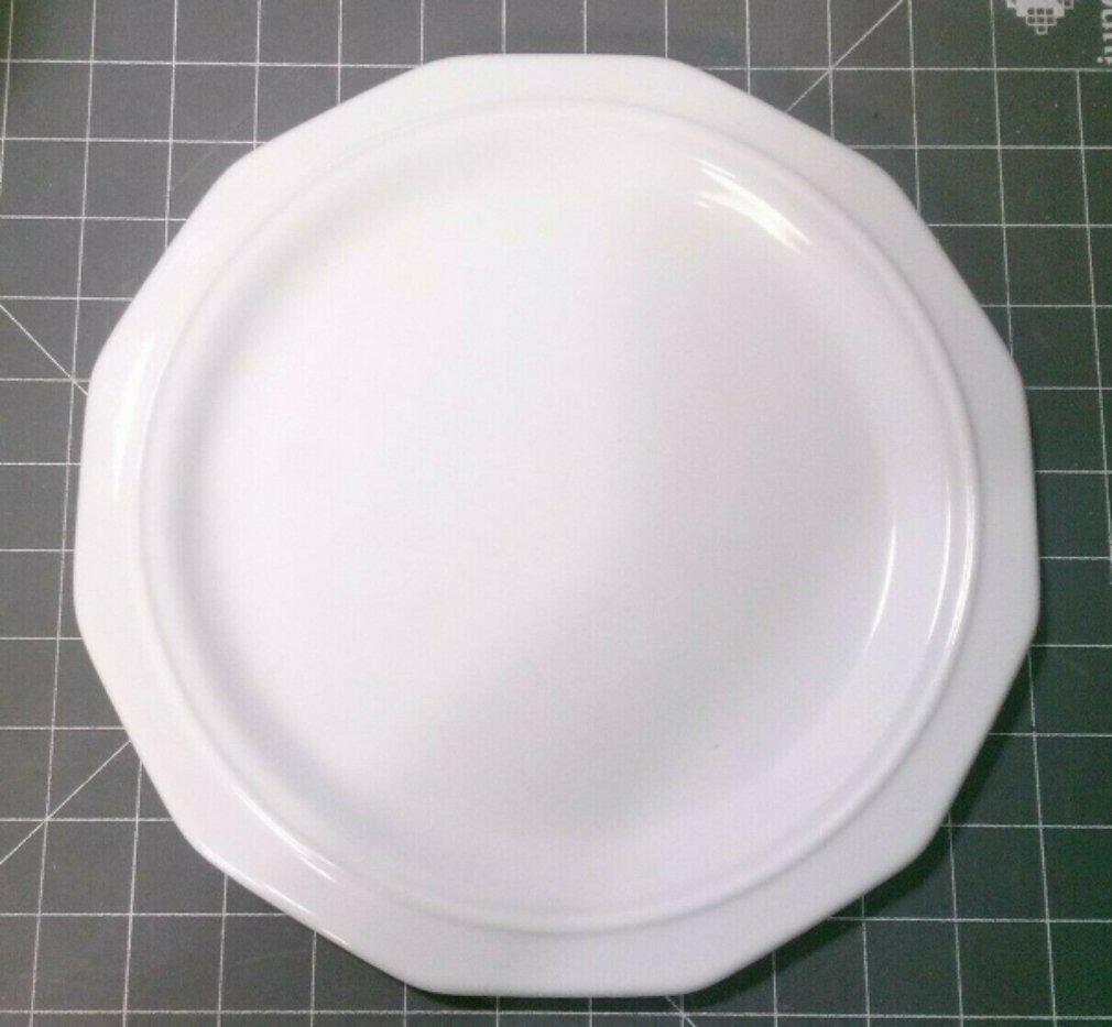 "Pfaltzgraff Heritage White 10 1/2"" Dinner Plate Large Castle"