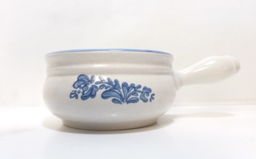 """Open Onion Soup Bowl Handle Yorktowne by Pfaltzgraff Blue Floral 2.5 by 4.5"""""""