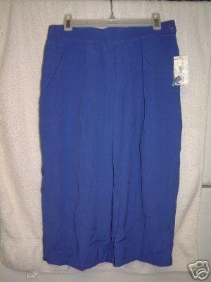 NWT'S Evan Picone Sport Skirt sz M