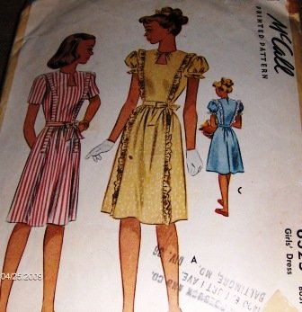 Vintage Sewing Pattern Girl's Dress 1945, size 7 McCall's 6325 Ruffles