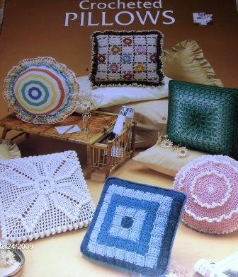 Crocheted Pillows Worsted Weight yarn Leisure Arts 282 six designs