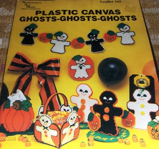 Halloween Ghost Plastic Canvas Basket Doorknob cover Switchplate cover Centerpiece