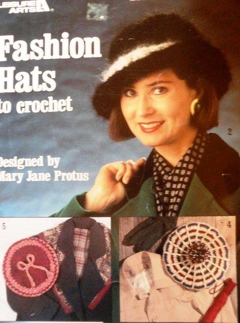 Fashion Hats to Crochet Pattern Leisure Arts 2112 Beanie, Beret, Topper