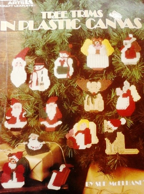 Tree Trims Holiday Ornaments Plastic Canvas Pattern Christmas tree decoration   Leisure Arts 1199