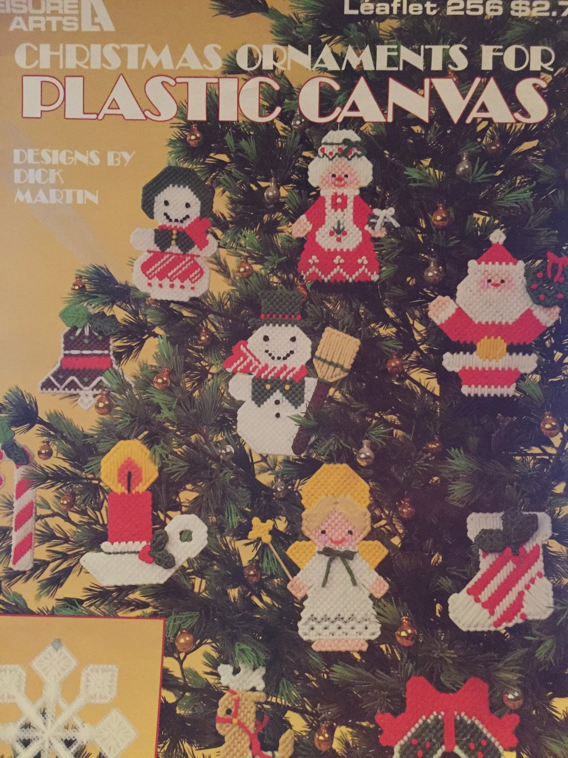 Christmas Tree ornaments in Plastic Canvas by Dick Martin Leisure Arts 256