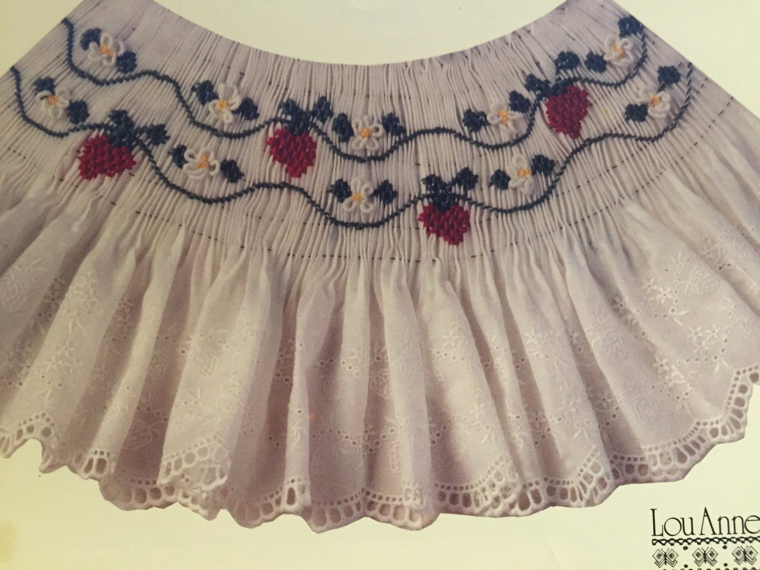 Joan's Strawberry Collar Smocking plate Lou Anne Lamar