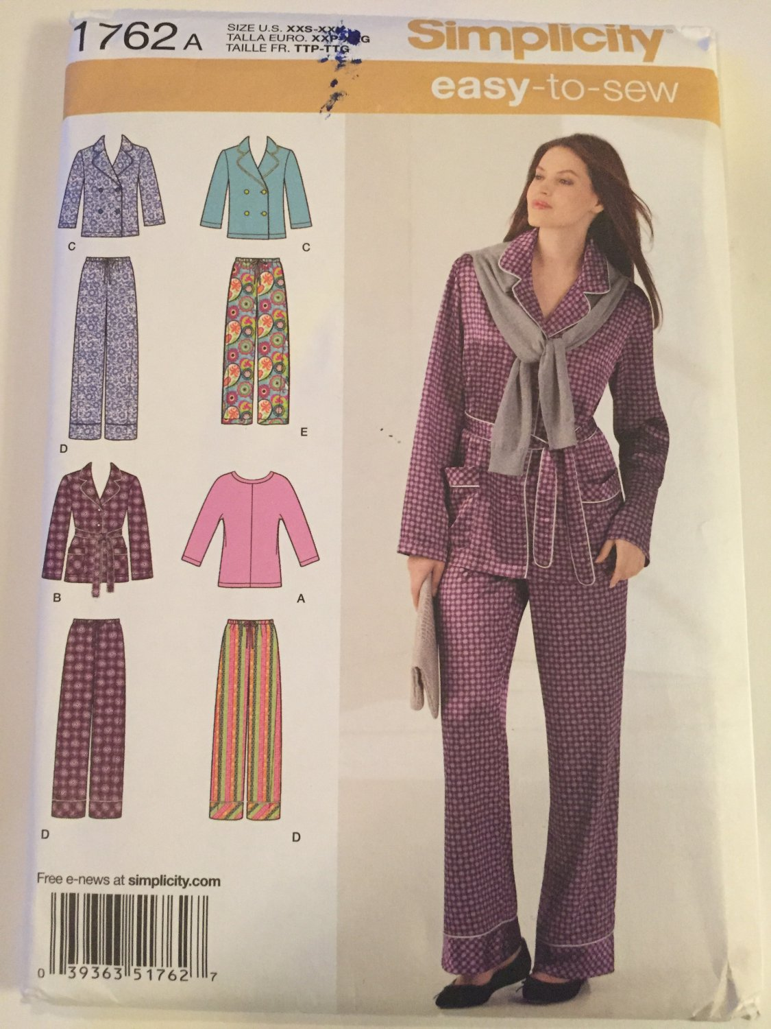 Simplicity 1762, Size 4�26 Pajama Top Knit Top Pajama Pants Two Lengths Sewing Pattern