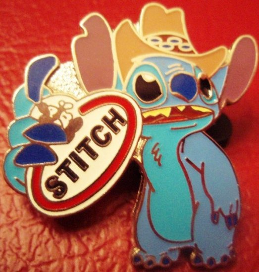 Disney pin ALIEN STITCH TAG ($3 flat shipping up to 5 pins)