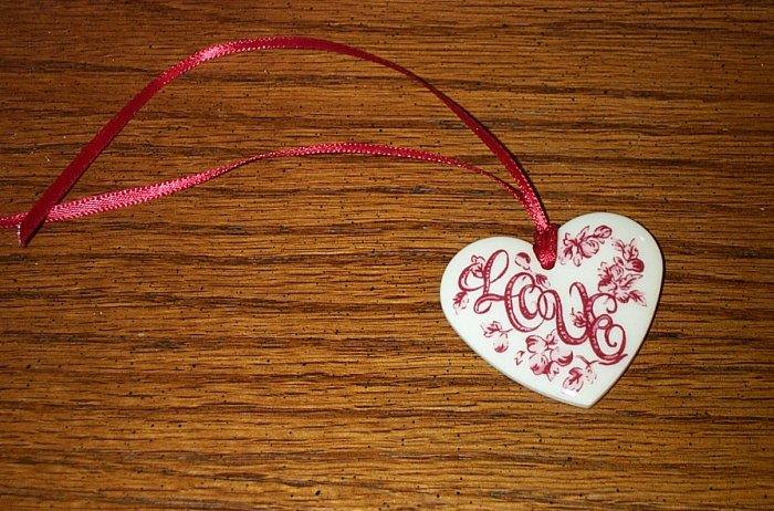 Retired Longaberger Love Heart Tie On