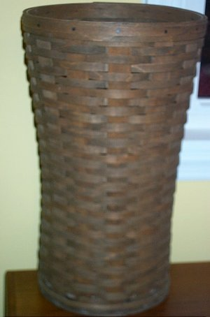 Longaberger Older 1982 Umbrella Basket