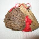 VINTAGE BROOM BRISTLE BRUSH BUNNY RABBIT CHRISTMAS TREE ORNAMENT