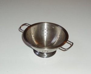 Step 2 Childs Kitchen stainless Steel Colander Strainer