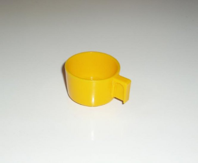 Vintage Fisher Price Kitchen cup MINTY