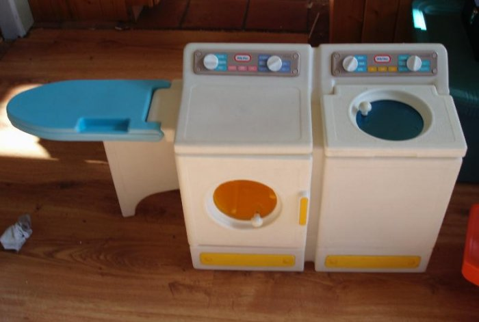 Little Tikes Washer Dryer laundry Child Size EUC