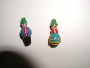 Pair of Novelty Turned Wood Boy & Girl Kokeshi Buttons 1950s