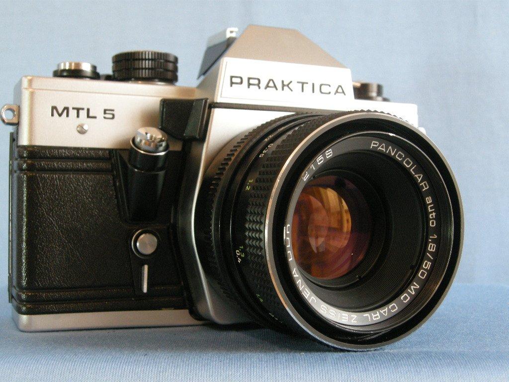 Pentacon Praktica MTL5 with M42 Carl Zeiss Jena Pancolar 1.8/50  ·  Made in German ( DDR )