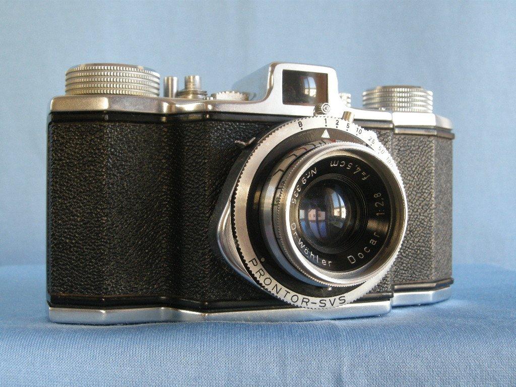 Vintage Dr Wohler Favor Saar Viewfinder Camera with Docar 2.8/45 · Made in Germany