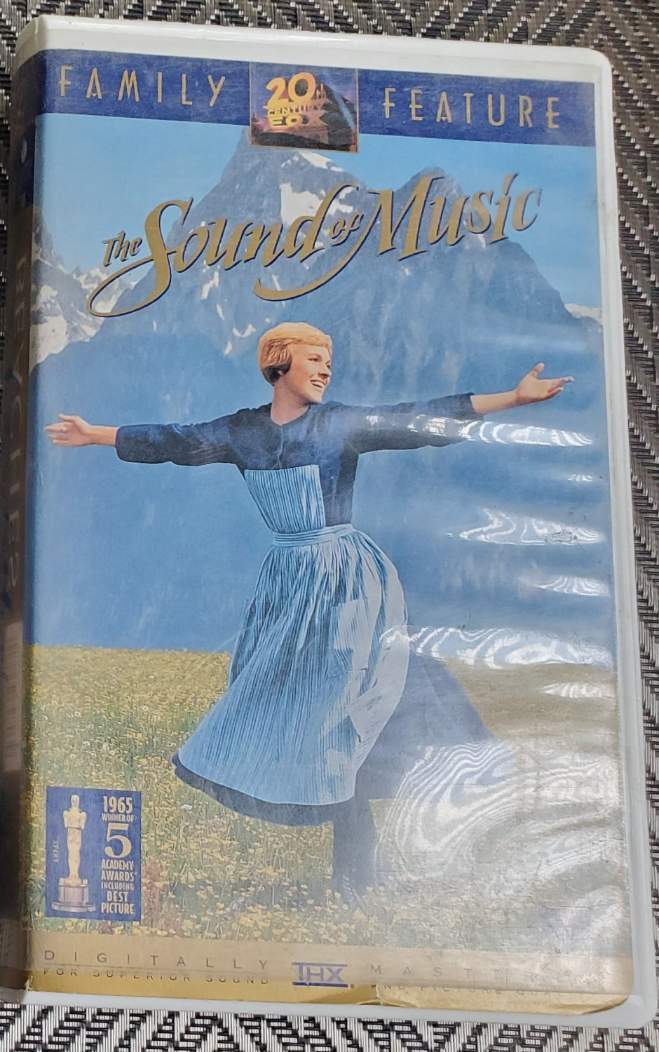 VHS Video Tape Rodgers & Hammerstein video The Sound of Music VHS Julie Andrews.