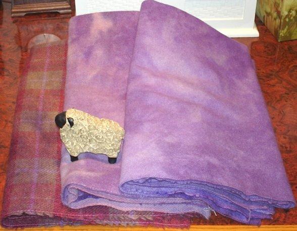 IRIS IN THE SPRINGS wool for rug hooking -- Woolly Mammoth Woolens