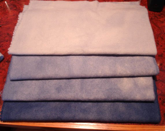 BALTIC BLUE GRADS wool for rug hooking and penny rugs -- Woolly Mammoth Woolens