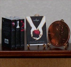 Dollhouse Miniature Twilight Books Stephanie Meyer 1:12
