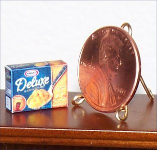 Dollhouse Miniature Deluxe Macaroni & Cheese Food 1:12