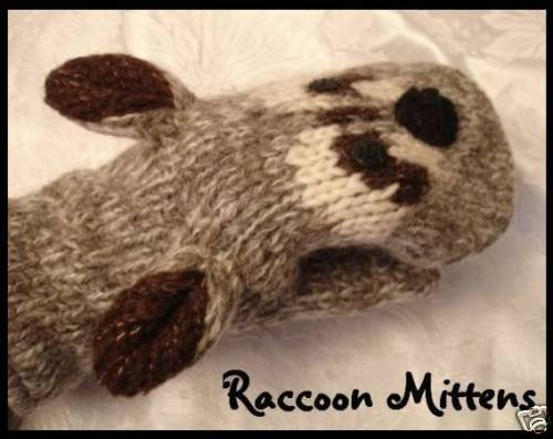 deLux brand RACCOON MITTENS hand knit ADULT Lined NEW puppet Customer racoon