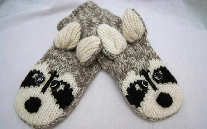 ADULT Raccoon MITTENS knit Light gray FLEECE LINED Ricky Rikki Tikki