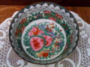 """Decorative Hand Painted Asian Bowl - Small Size, 3"""" X 4 1/2"""" X 3"""""""