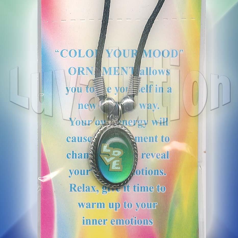 LOVE Oval Mood Pendant Necklace Choker Color Change UV Glow Retro Hippie Chic